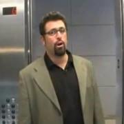 Elevator pitch 380